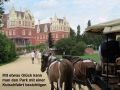4-Kutsche vor Schloss