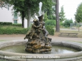 7 - Riesenkinder-Brunnen